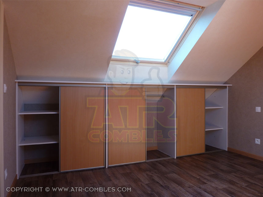 Meuble sous comble mes combles for Amenagement chambre comble